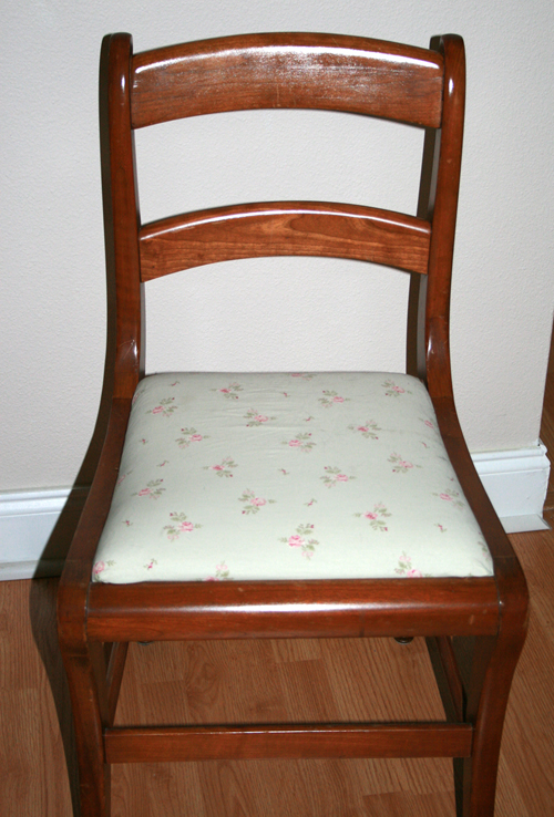 1 of 6 chairs...
