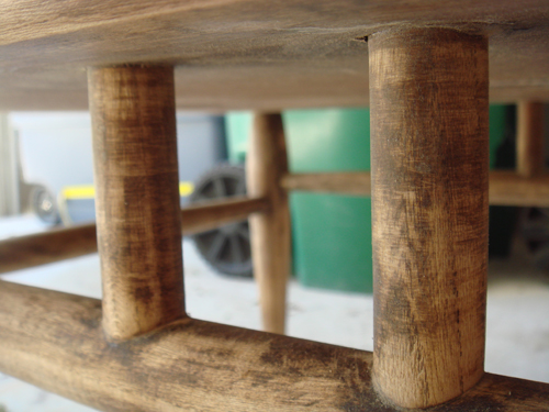 Table - undercarriage